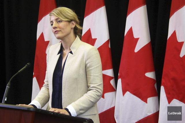 La ministre du Patrimoine canadien, Mélanie Joly, a... (Etienne Ranger, Archives LeDroit)