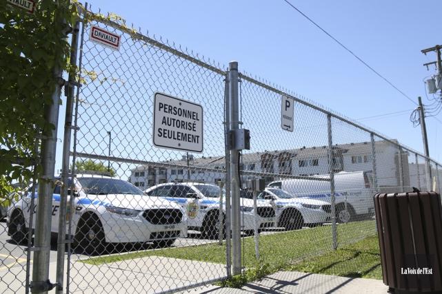 L'homme s'est introduit dans le stationnement clôturé du... (Julie Catudal, La Voix de l'Est)