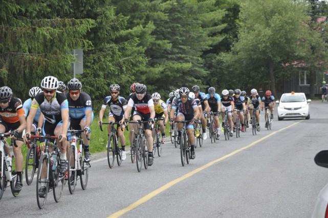 Entre 200 et 300 cyclistes sont attendus pour... (Fournie par Pierre Surprenant)