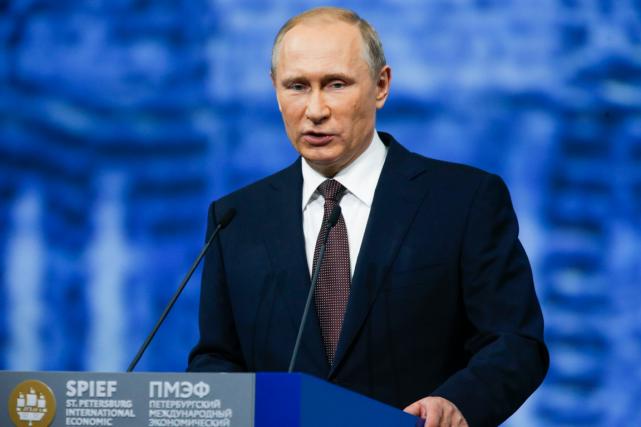 Selon le président russe Vladimir Poutine,«le problème du... (Photo Dmitry Lovetsky, AP)