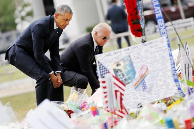 Le président Obama et le vice-président Biden (à... (PHOTO Carlos Barria, REUTERS)
