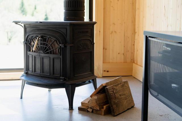 Dans cette maison, lambris, plinthes et moulures sont... (PHOTO ALAIN ROBERGE, LA PRESSE)