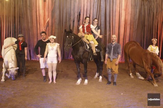 Cette petite équipe, formée de passionnés de chevaux... (Le Quotidien, Mélissa Viau)