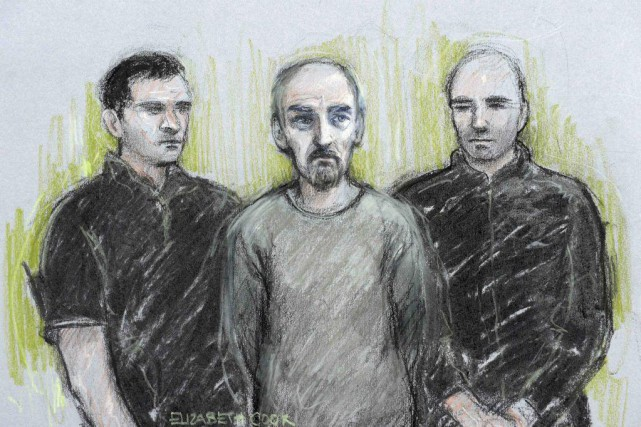 Thomas Mair (au centre) a été inculpé d'homicide... (ILLUSTRATION ELIZABETH COOK, REUTERS/PRESS ASSOCIATION)