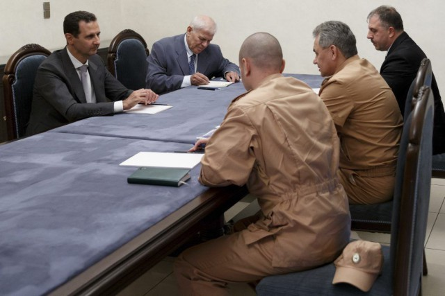 Le ministre russe de la Défense Sergueï Choïgu... (PHOTO VADIM SAVITSKY, AFP)