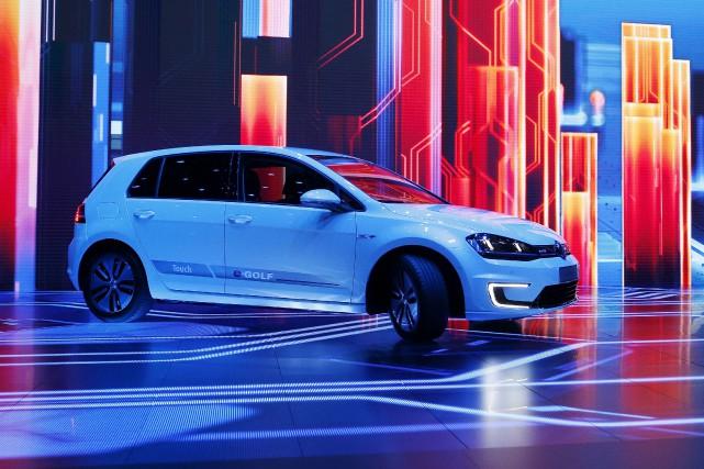 En janvier dernier, Volkswagen avait dévoilé la voiture... (AP, John Locher)