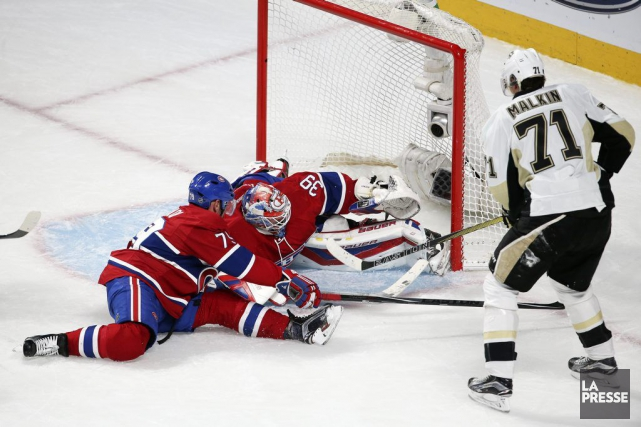 Andrei Markov, Mike Condon et Evgeni Malkin.... (Photo Robert Skinner, archives La Presse)