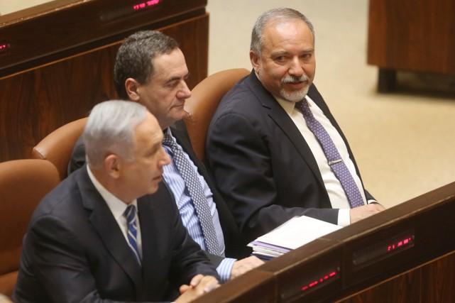 Le ministre des Transports et des Renseignements Israël... (PHOTO  MENAHEM KAHANA, ARCHIVES AFP)