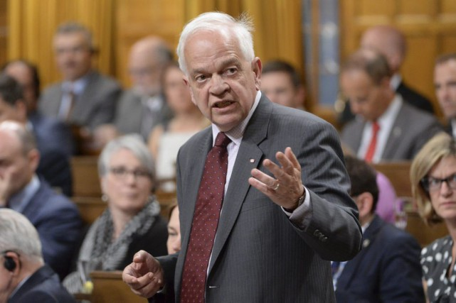 John McCallum... (PHOTO ADRIAN WYLD, ARCHIVES LA PRESSE CANADIENNE)