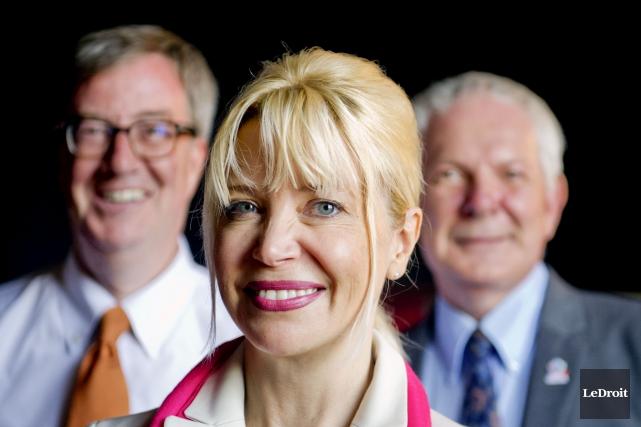 Jim Watson, Alexandra Badzak et Peter Honeywell... (Martin Roy, LeDroit)