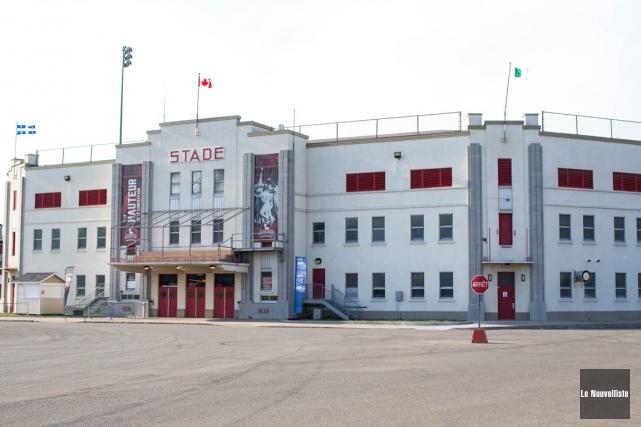 Le stade Fernand-Bédard... (Olivier Croteau, Le Nouvelliste)