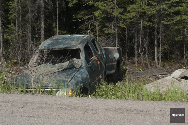 La camionnette, qui circulait en direction sud et... (Photo Le Quotidien, Michel Tremblay)