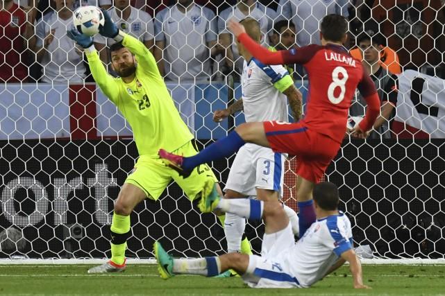 L'Angleterrea manqué une panoplie de chances de marquer... (AFP, Philippe Desmazes)