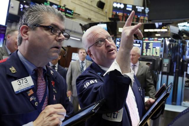 «La Bourse évolue de façon mitigée au lendemain... (Photo Richard Drew, AP)