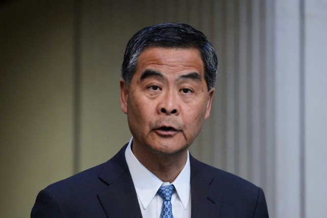 Le chef de l'exécutif de Hong Kong Leung... (PHOTO  ANTHONY WALLACE, AFP)