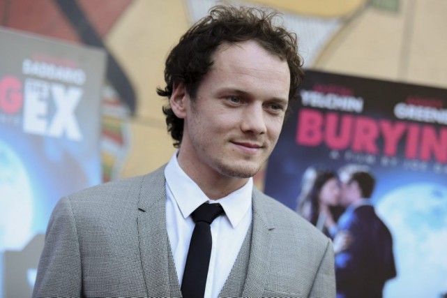 Anton Yelchin à la projection de Burying the... (PHOTO ARCHIVES AP)