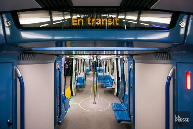 La livraison des 52 trains Azurpar le consortium... (PHOTO HUGO SÉBASTIEN AUBERT, LA PRESSE)