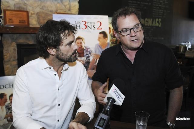 Guillaume Lemay-Thivierge et Paul Doucet sont heureux de... (Photo Le Quotidien, Mariane L. St-Gelais)