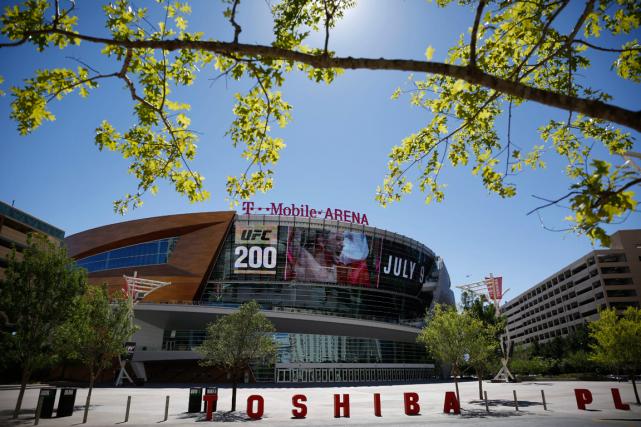 Le T-Mobile Arena de Las Vegas, où évoluera... (Photo John Locher, AP)
