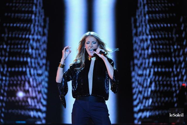 Celine Dion sur les Plaines d'Abraham durant l'été... (Photothèque Le Soleil, Jean-Marie Villeneuve)
