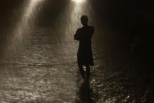 Les orages sont fréquents pendant la période de... (PHOTO Rafiq Maqbool, ARCHIVES AP)