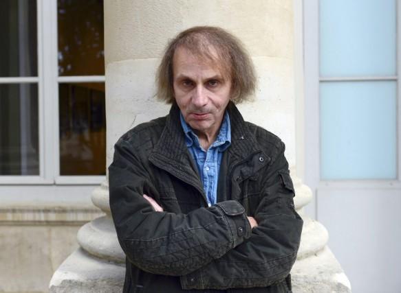 Scénographie, photos, vidéos, il a presque tout fait. L'écrivain français... (PHOTO ARCHIVES AFP)