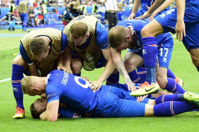 L'Islande a accédé aux huitièmes de finale de... (Photo Tobias Schwarz, archives AFP)