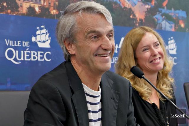 Le célèbre chef Jean Soulard et lavice-présidente du... (Le Soleil, Frédéric Matte)