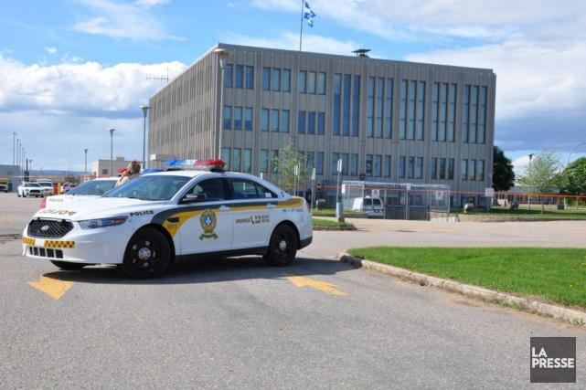 Plusieurs autopatrouilles de la Sûreté du Québec (SQ)... (PHOTO LE NORD-CÔTIER)