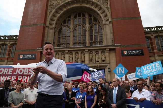 À la veille du référendum sur l'avenir du... (Photo AFP, Geoff CADDICK)