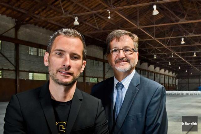 Le directeur général du FestiVoix, Thomas Grégoire, et... (François Gervais, Le Nouvelliste)