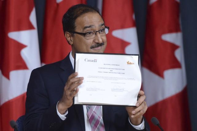 Le ministre fédéral de l'Infrastructure et des Collectivités,... (La Presse Canadienne)