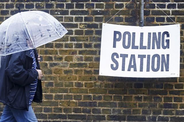 Les électeurs se pressaient dans tout le pays... (AFP, Niklas Halle'n)