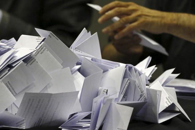 Les votes sur le Brexit sont comptés.... (Agence France-Presse)
