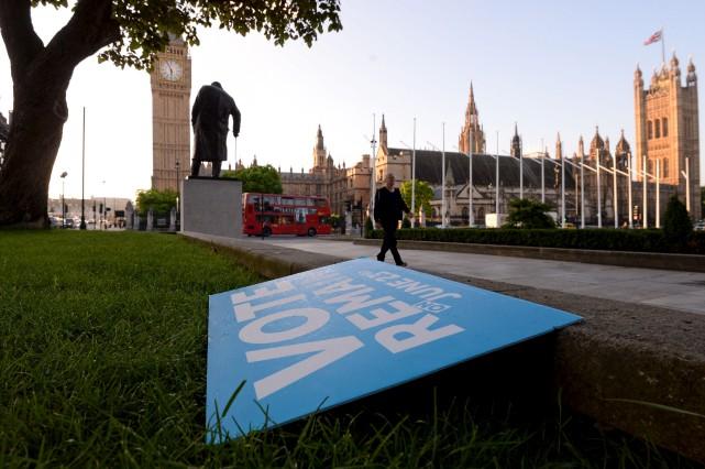 La décision des Britanniques de se retirer de... (AP)