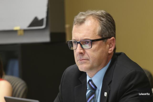 Le directeur général par intérim de la commission... (Christophe Boisseau-Dion, La Voix de l'Est)