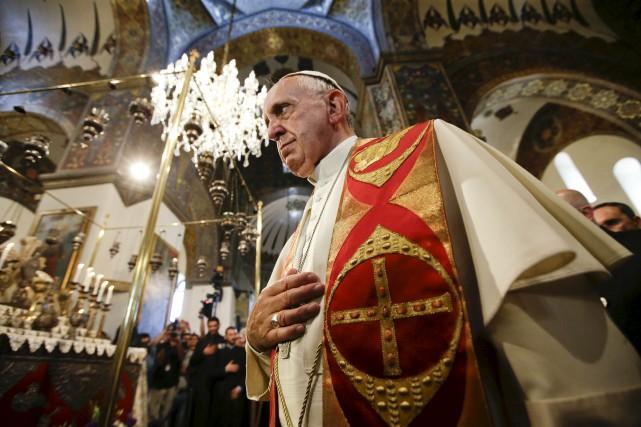 Le pape François a dénoncé «le génocide» des... (Associated Press)