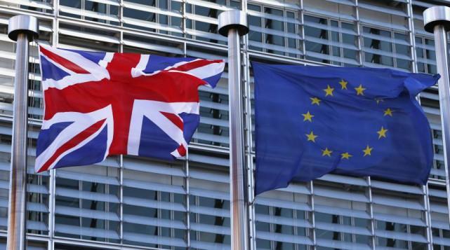 ÉDITORIAL / Le choix des Britanniques de quitter l'Union européenne, le Brexit,... (Associated Press)
