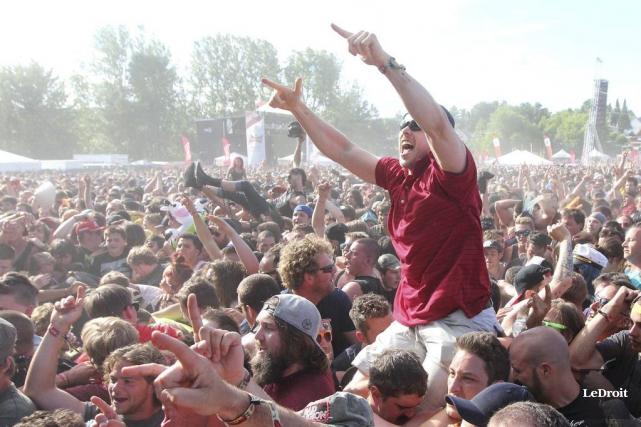 Le Rockfest accueille entre autre NOFX, Blink-182, Korn,... (Etienne Ranger, LeDroit)