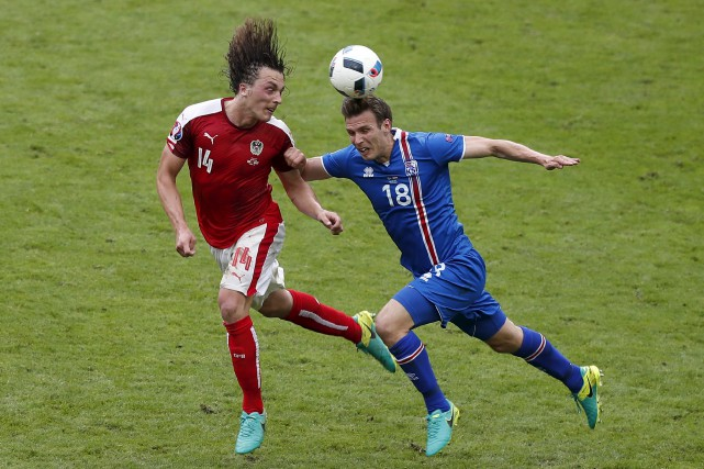 Elmar Bjarnason (18) a prévenu l'Angleterre qu'elle ne... (AP)