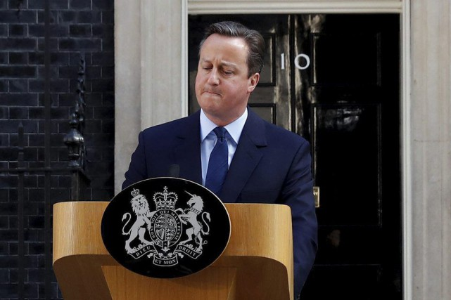 Le premier ministre David Cameron a annoncé vendredi... (PHOTO STEFAN WERMUTH, REUTERS)
