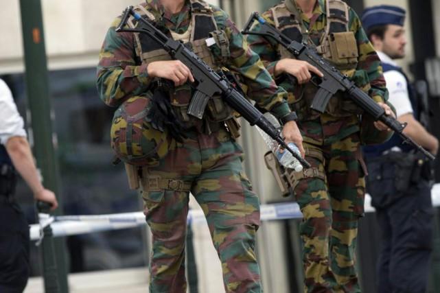 La police belge a arrêté deux hommes lors de deux opérations de police... (Photo Virginia Mayo, Archives AP)