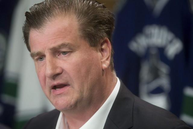 Ledirecteur général des Canucks de Vancouver, Jim Benning... (PHOTO DARRYL DYCK, ARCHIVES PC)