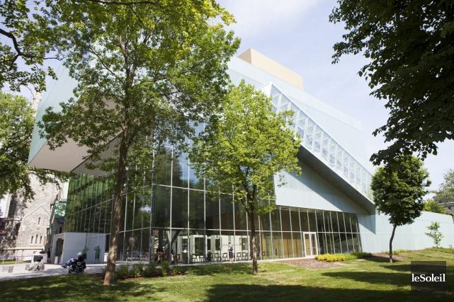 Vendredi, le Pavillon Pierre Lassonde a accueilli ses... (Le Soleil, Caroline Grégoire)