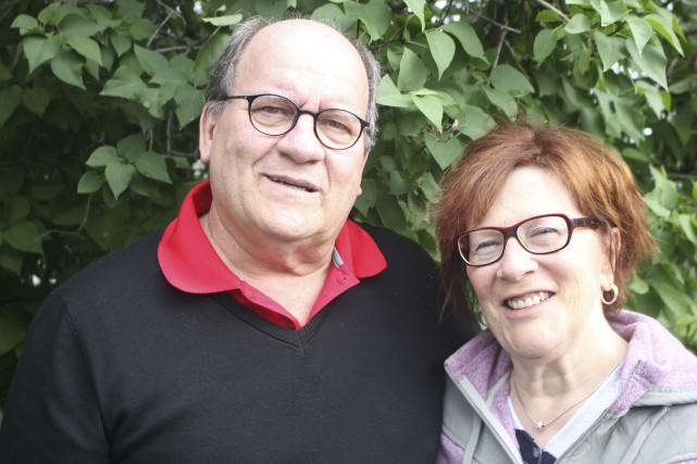 Lucien Boivin, maire de Saint-Prime et son épouse... (Photo Le Progrès-Dimanche, Isabelle Tremblay)