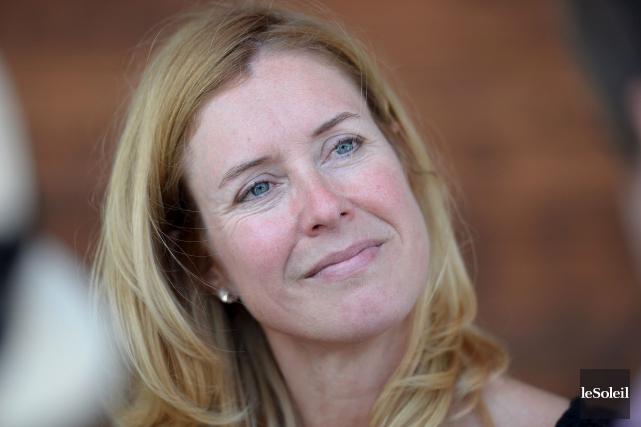 Julie Lemieux croit qu'il faut éviter de sombrer... (Le Soleil, Erick Labbé)