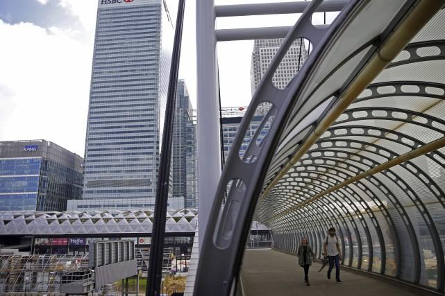 La place financière de Londres «ne va pas... (Agence France-Presse)