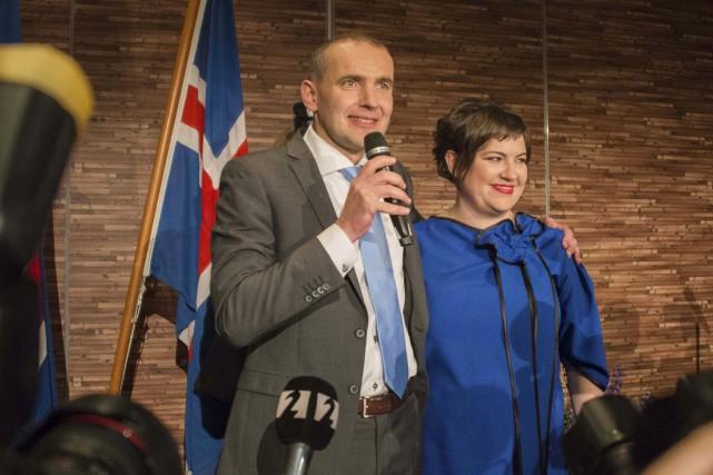 Gudni Johannesson a été déclaré vainqueur de l'élection... (AFP, HALLDOR KOLBEINS)