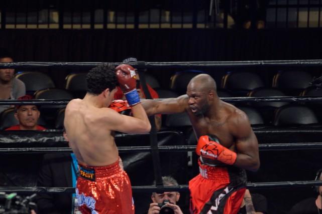 Francy Ntetu a subi la première défaite de... (Photo courtoisie, Serge Ntetu)