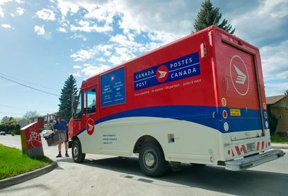 Postes Canada avertit qu'un arrêt de travail d'un grand nombre de ses employés...